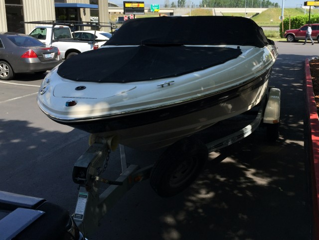 05 seaRay Boat (6)