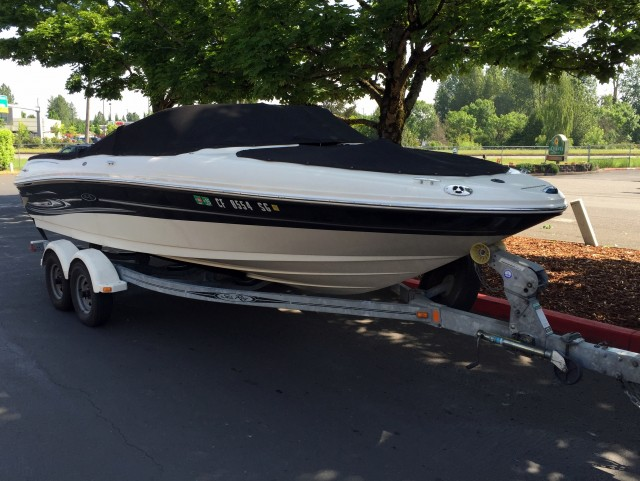 05 seaRay Boat (7)
